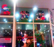 Baskes Çizgifilm Karakterli stickerlar Yemek Center